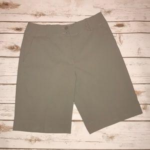 ☑️⛳️ Nike golf dri fit shorts size 2 ☑️⛳️